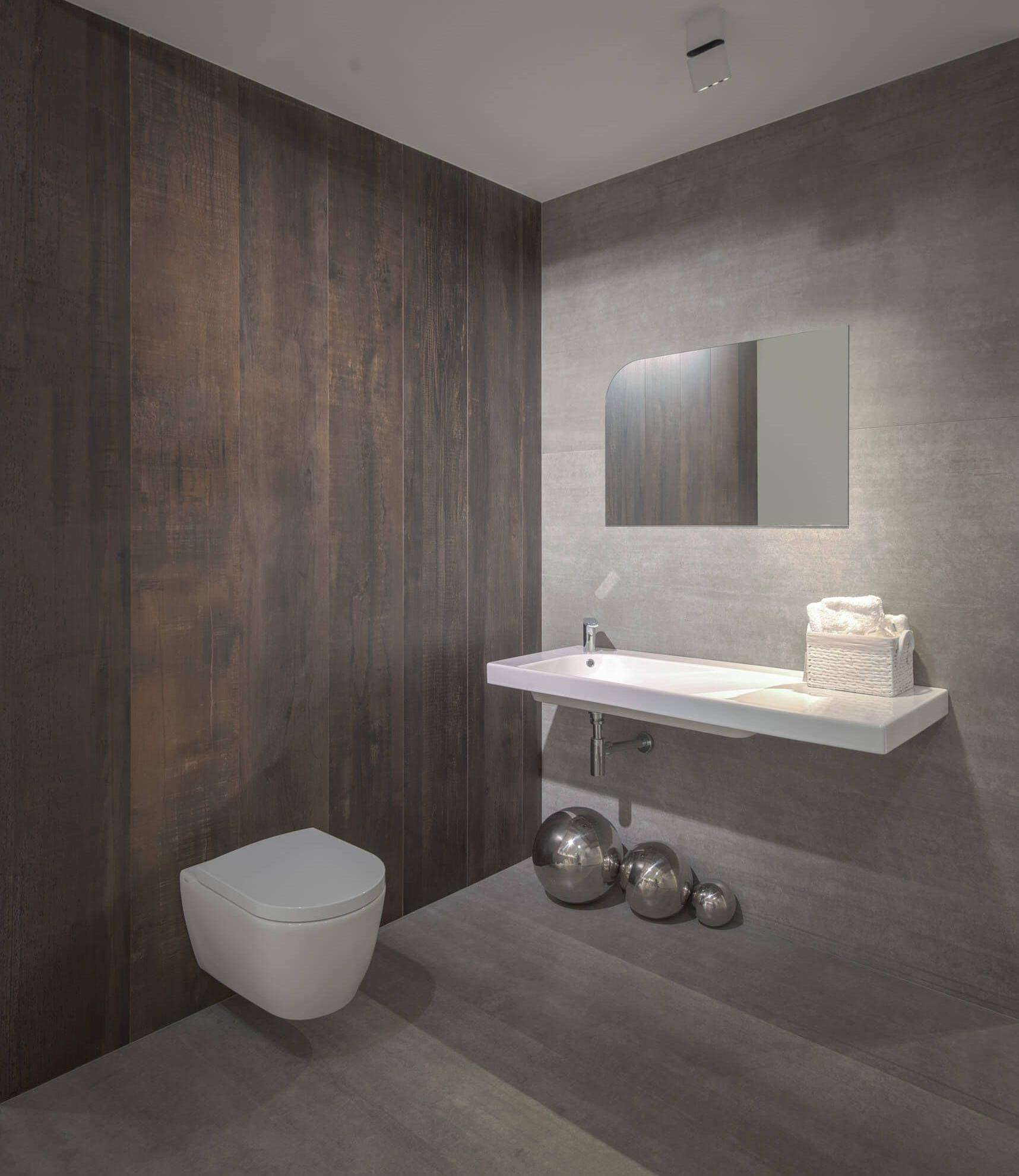 Jak oświetlić lustro łazienkowe?